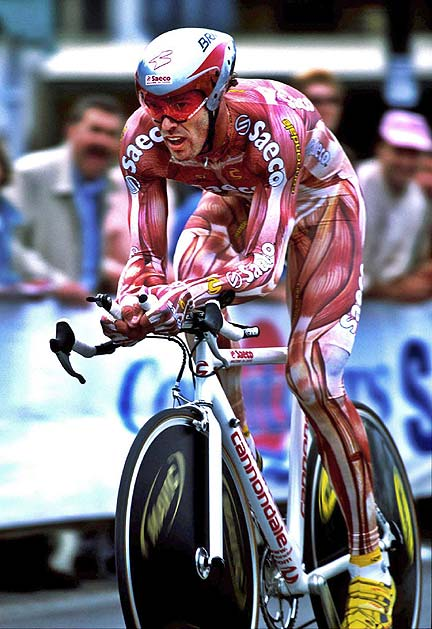 La Cabane Hantée des cyclistes ! Mario-cipollini-2001-giro-de-italia